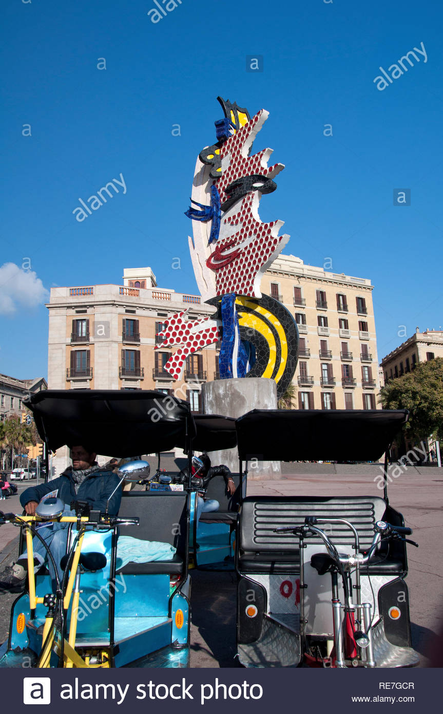 Conductores de bicicletas para turistas, Cara de Barcelona de Roy Lichtenstein, Barcelona, Ciutat Vella, Spain - Stock Image