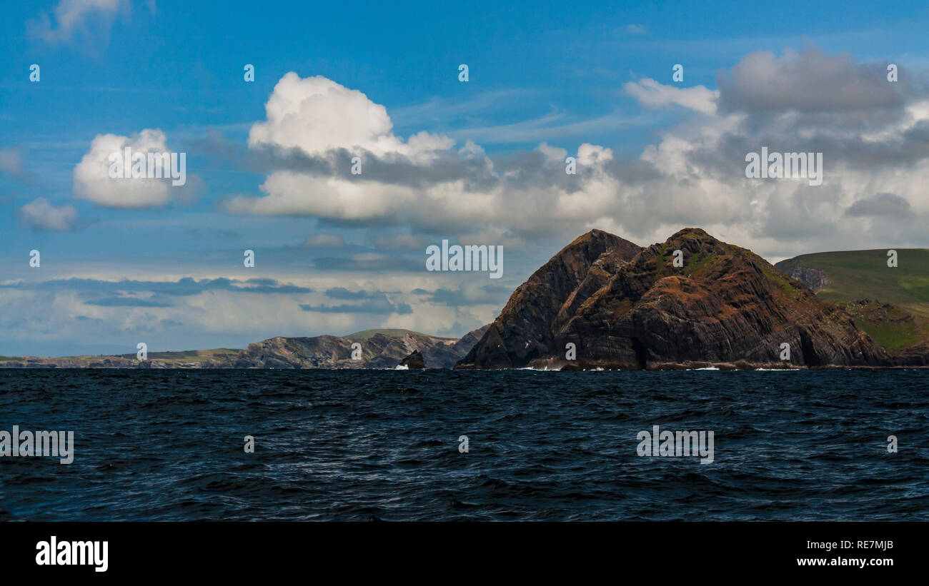 Distant land. Puffin Island, co. Kerry. - Stock Image