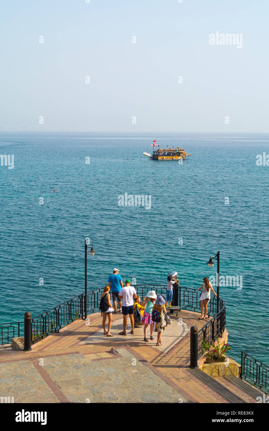 Viewing look-out point by the harbour, Alanya, Turkey, Eurasia - Stock Image