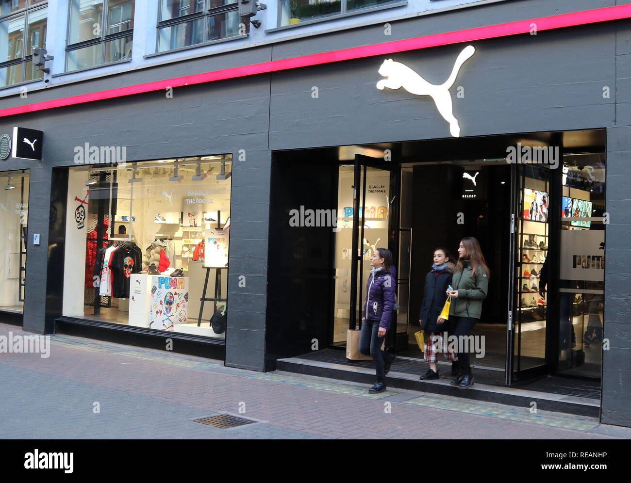 496f8c1485ea70 Puma Store Logo Stock Photos   Puma Store Logo Stock Images - Alamy