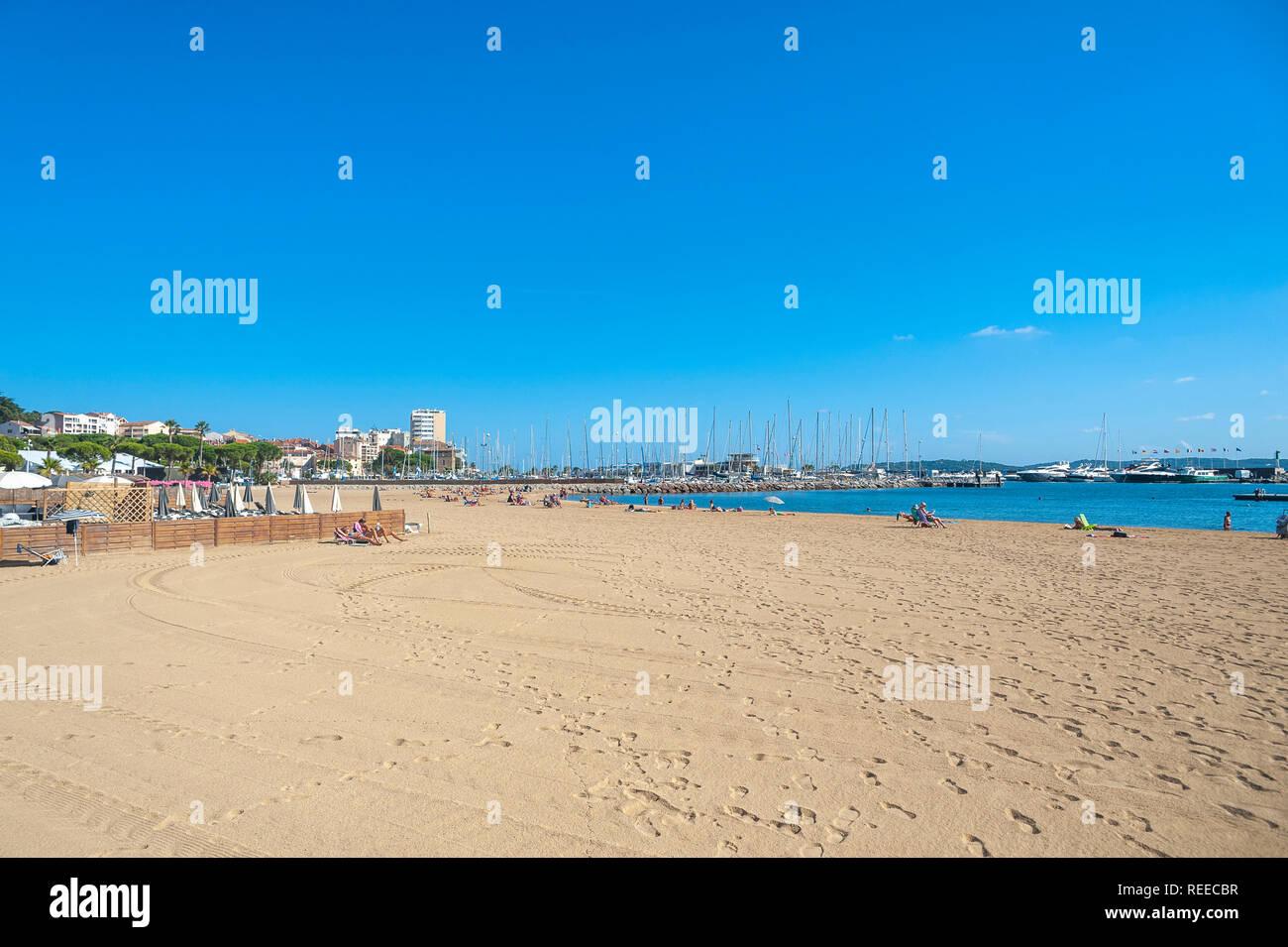 Beach, Sainte-Maxime, Var, Provence-Alpes-Cote d`Azur, France, Europe Stock Photo