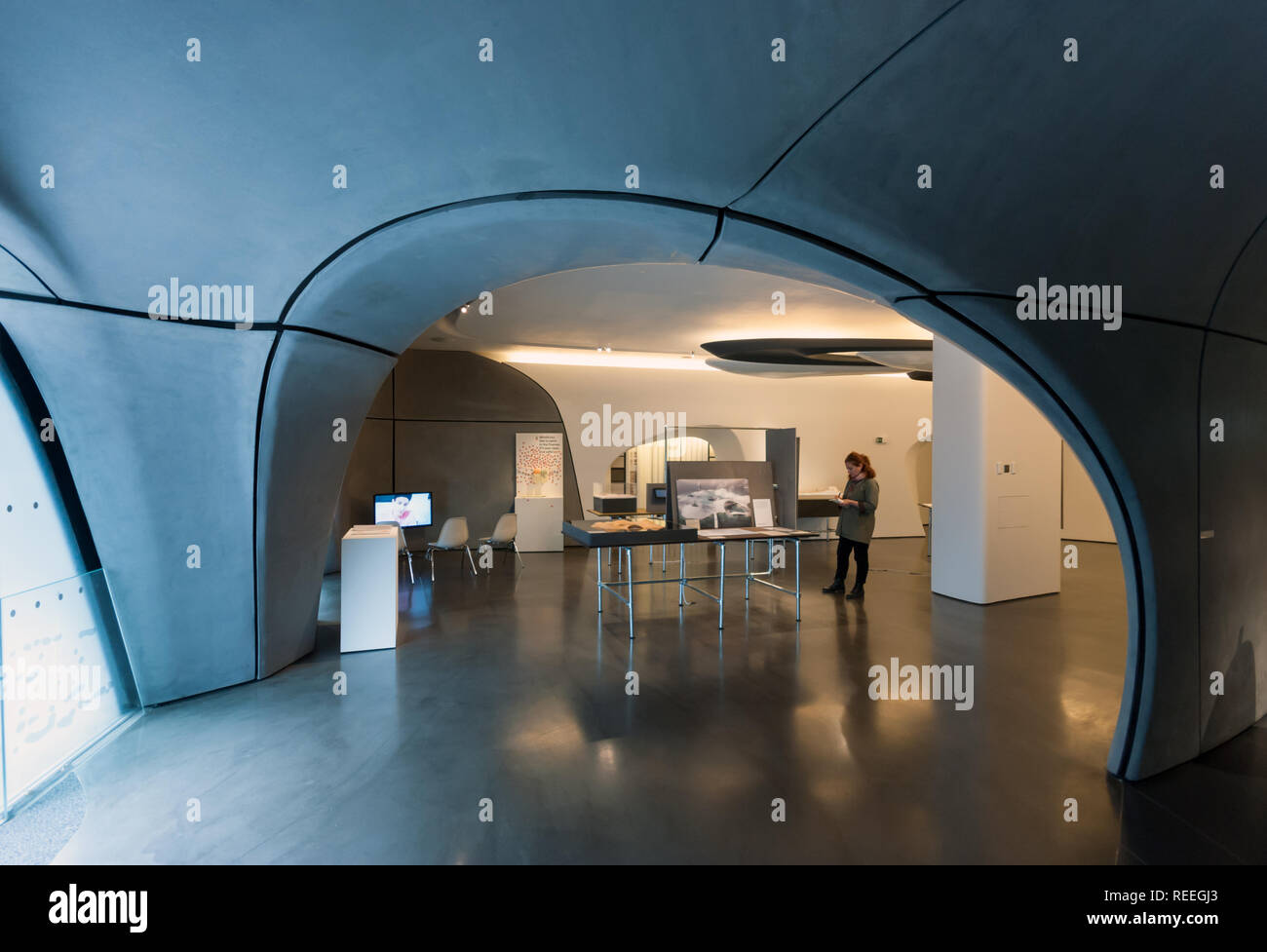 Roca London Gallery Futuristic Showroom In Chelsea Harbour Designed By Zaha Hadid Architects Interior Stock Photo Alamy