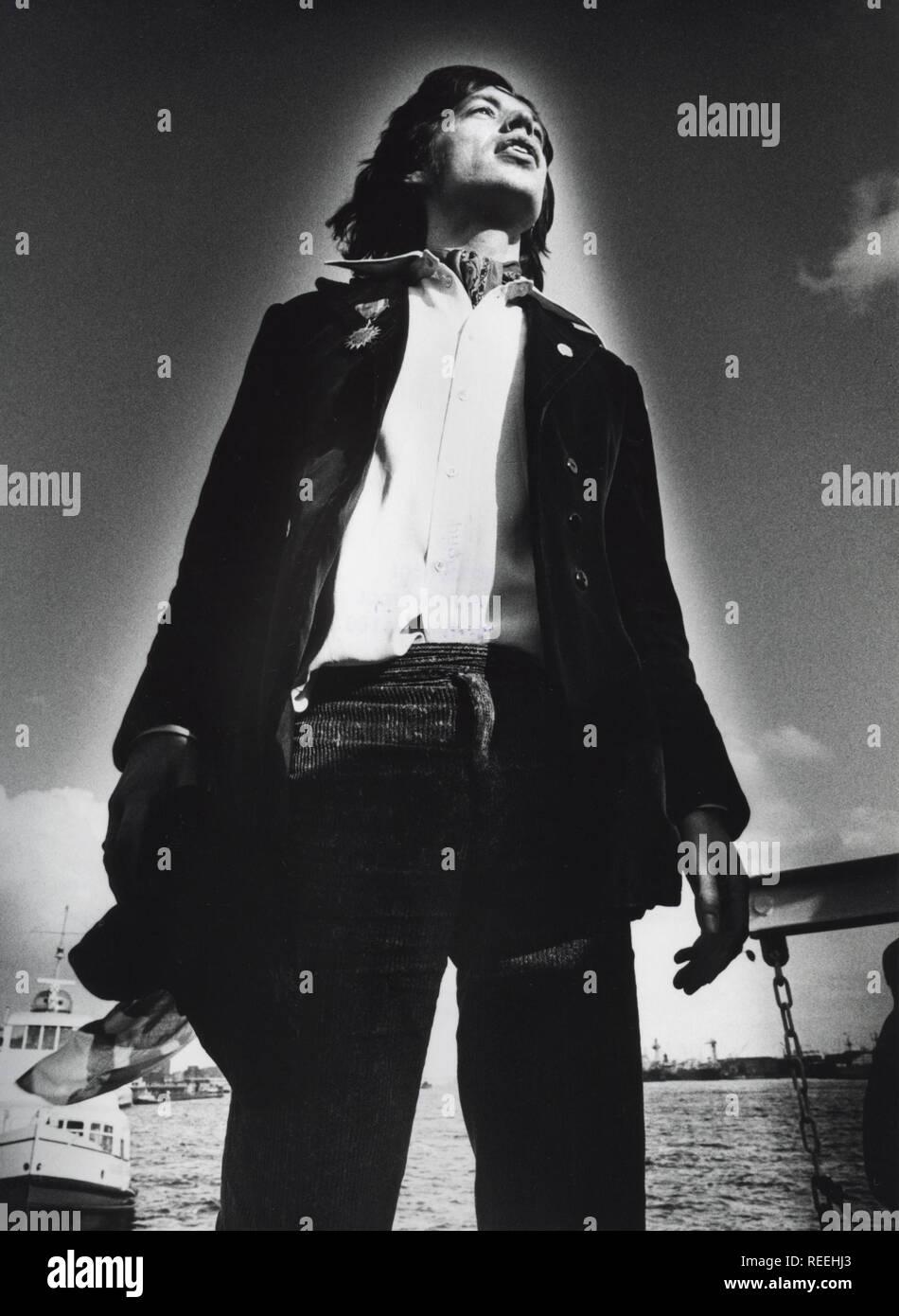 HAMBURG, GERMANY - SEPTEMBER 13: Mick Jagger from The Rolling Stones posed in Hamburg, Germany on September 13 1970 (Photo by Gijsbert Hanekroot) - Stock Image