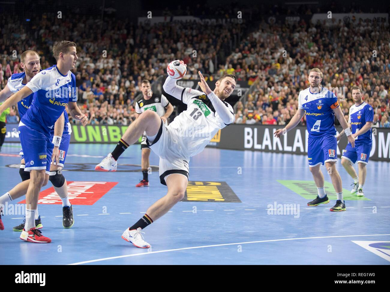 Cologne, Deutschland. 19th Jan, 2019. Sprungwurd Hendrik PEKELER (GER), action, goal throw, main round Group I, Germany (GER) - Iceland (ISL) 24 - 19, on 19.01.2019 in Koeln/Germany. Handball World Cup 2019, from 10.01. - 27.01.2019 in Germany/Denmark.   usage worldwide Credit: dpa/Alamy Live News Stock Photo