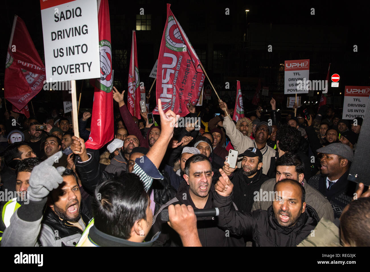 London, UK. 21st January, 2019. Hundreds of minicab drivers take part in a protest outside the offices of Transport for London organised by the Independent Workers Union of Great Britain's (IWGB) United Private Hire Drivers branch following the introduction last month of congestion charges for minicabs. Credit: Mark Kerrison/Alamy Live News - Stock Image