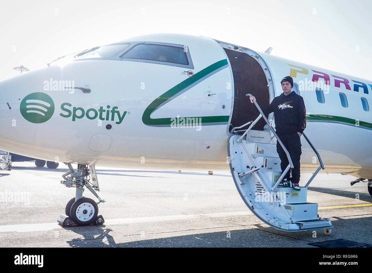 Linate. Fedez presents his new album Paranoia Airlines at the Airport In Foto: Fedez - Stock Image