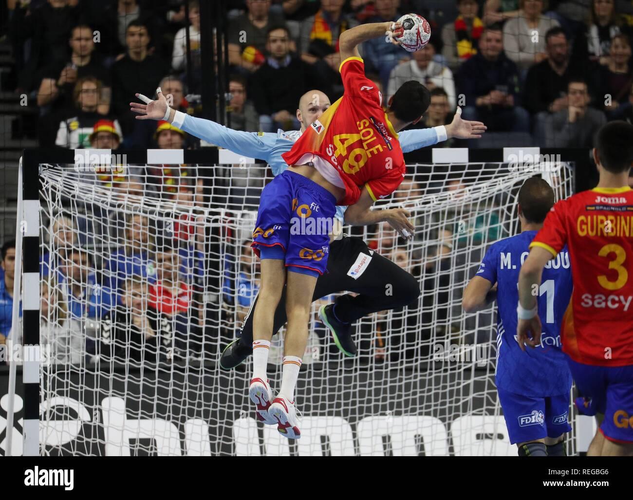 firo: 19.01.2019, Handball: World Cup World Cup Main Round France - Spain. Vincent Gerard Parade versus Sole   usage worldwide - Stock Image