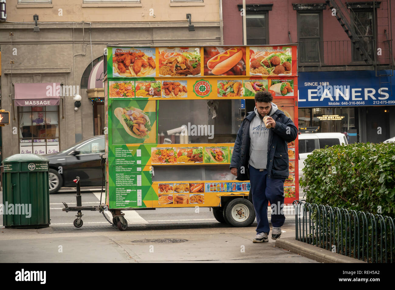 Halal Fast Food Restaurant Sign Stock Photos & Halal Fast