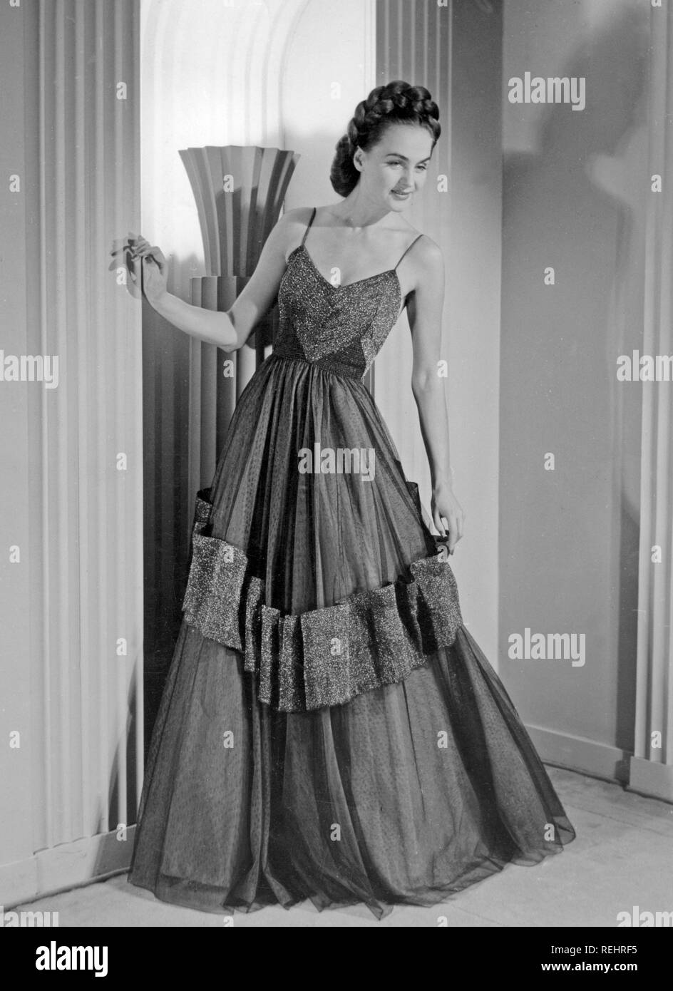 0de226fcb Evening Gown 1940s Stock Photos   Evening Gown 1940s Stock Images ...