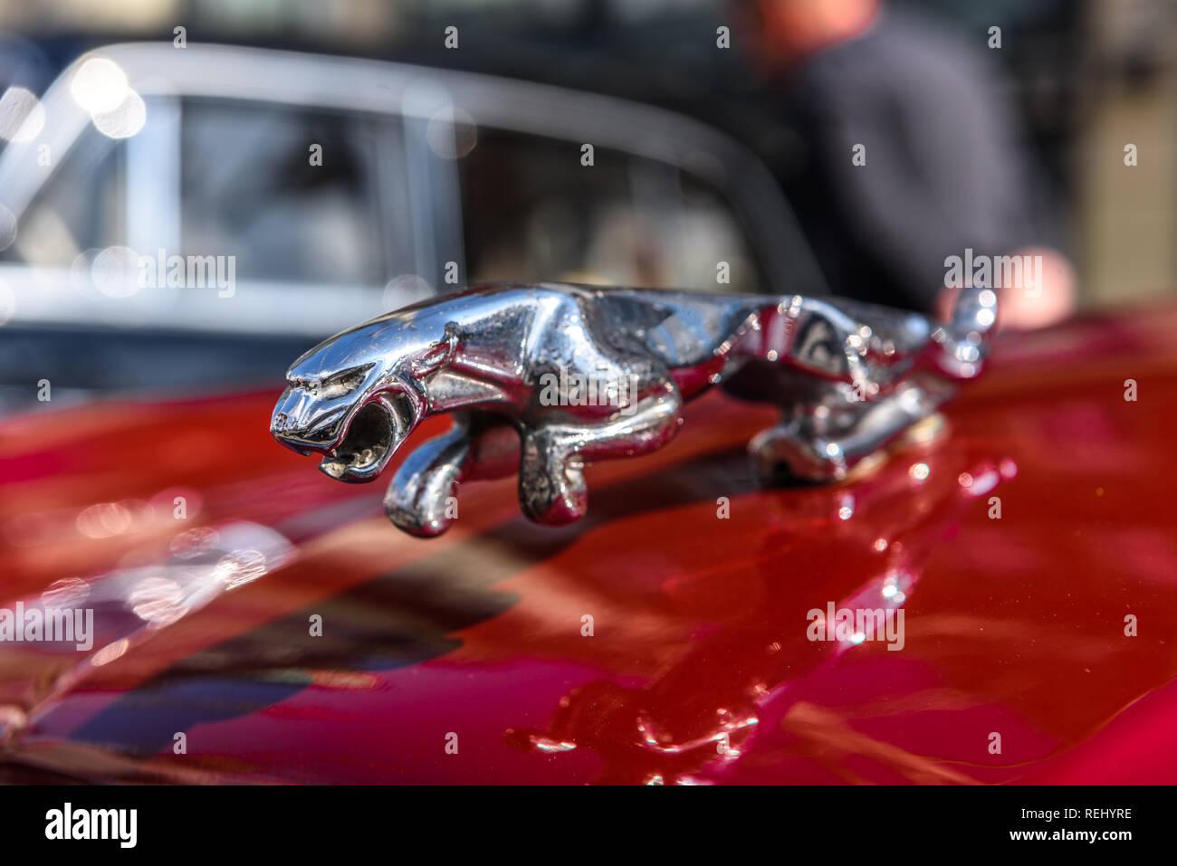 Jaguar Land Rover Logo Stock Photos Jaguar Land Rover Logo Stock