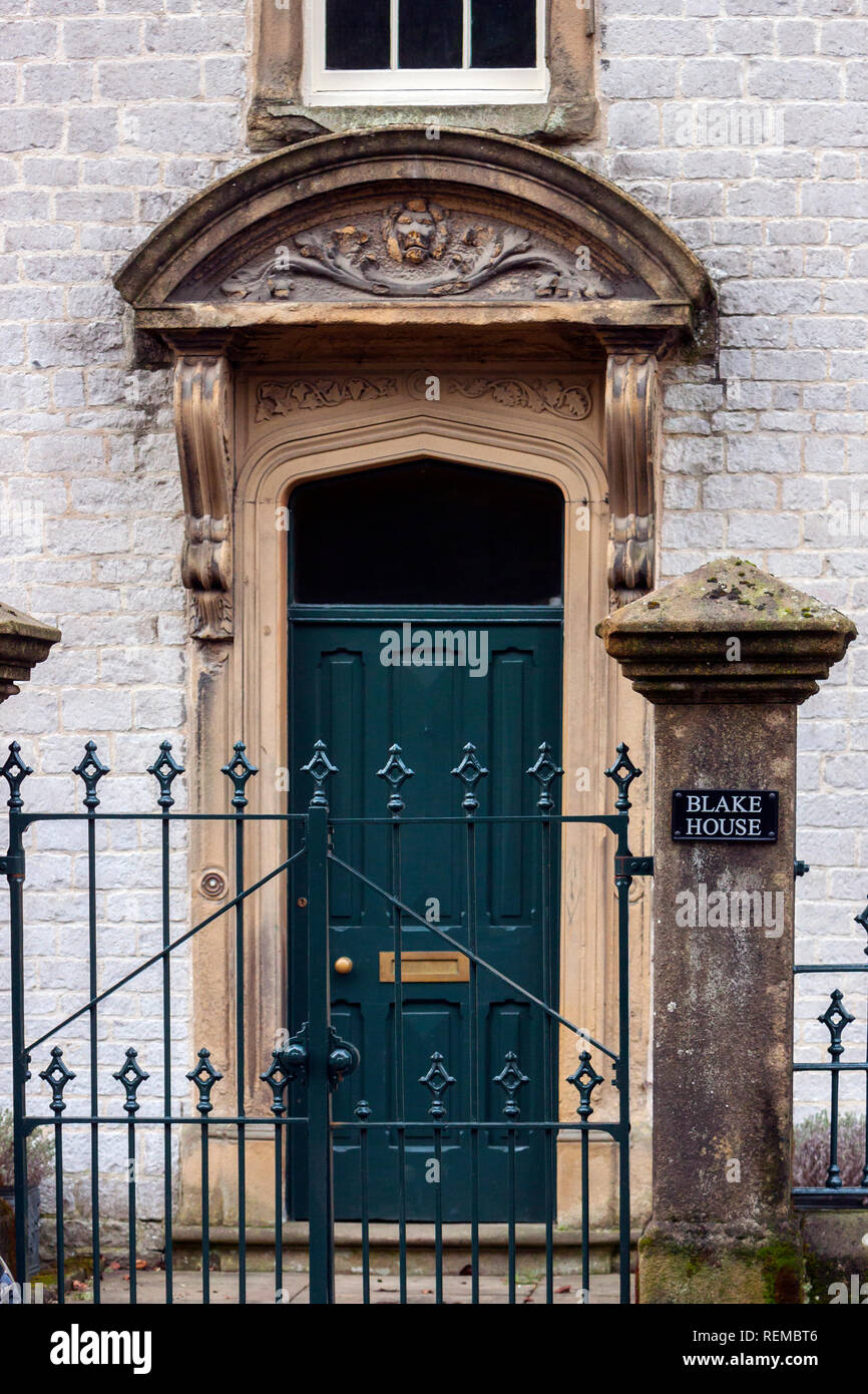Blake House, Tideswell, Derbyshire, central doorway with segmental pediment on moulded brackets, built 1760 Stock Photo