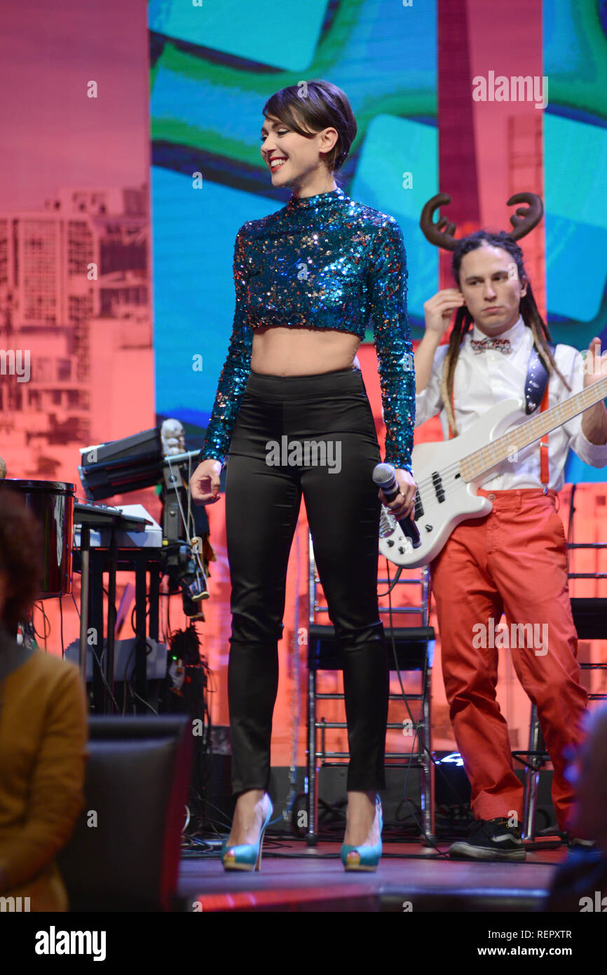 Italian jazz singer Simona Molinari performs on 'Quelli che il calcio (Those That Football)' television broadcast  Featuring: Simona Molinari Where: Milan, Italy When: 22 Dec 2018 Credit: IPA/WENN.com  **Only available for publication in UK, USA, Germany, Austria, Switzerland** Stock Photo
