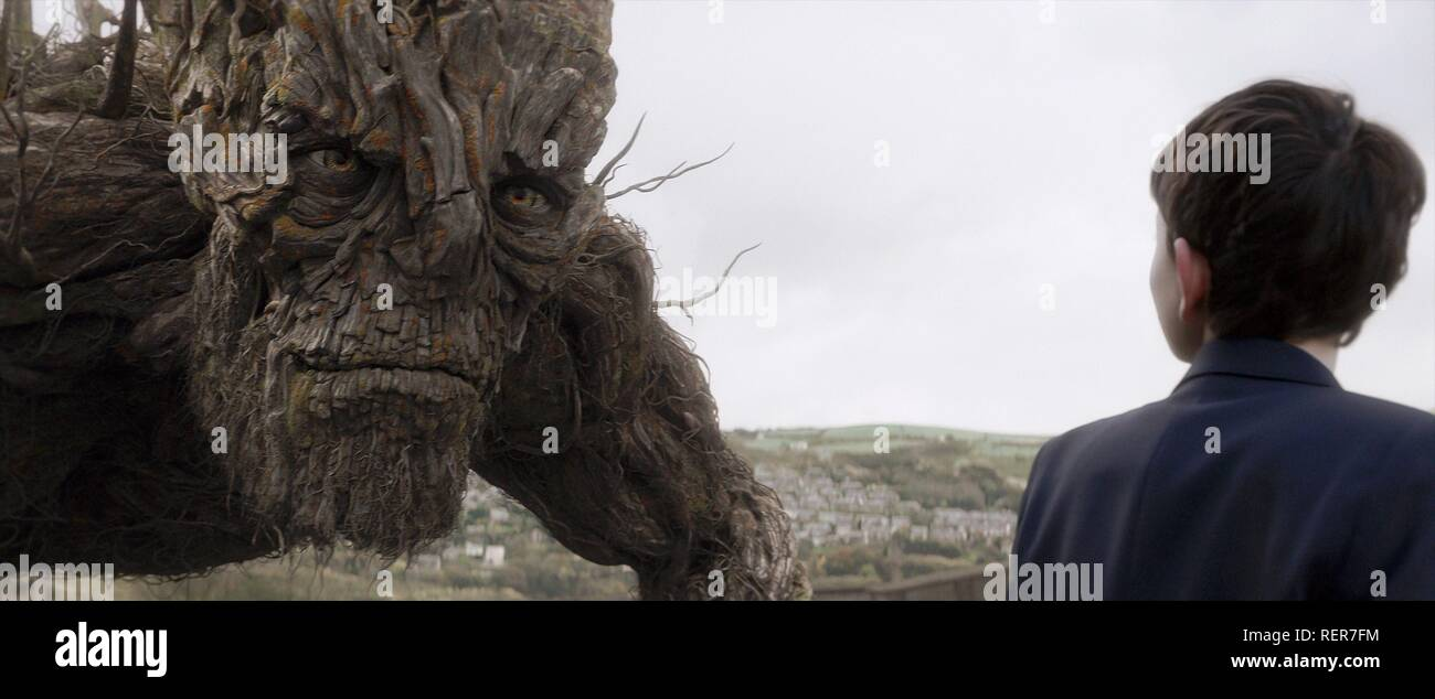 THE MONSTER A MONSTER CALLS (2016) - Stock Image
