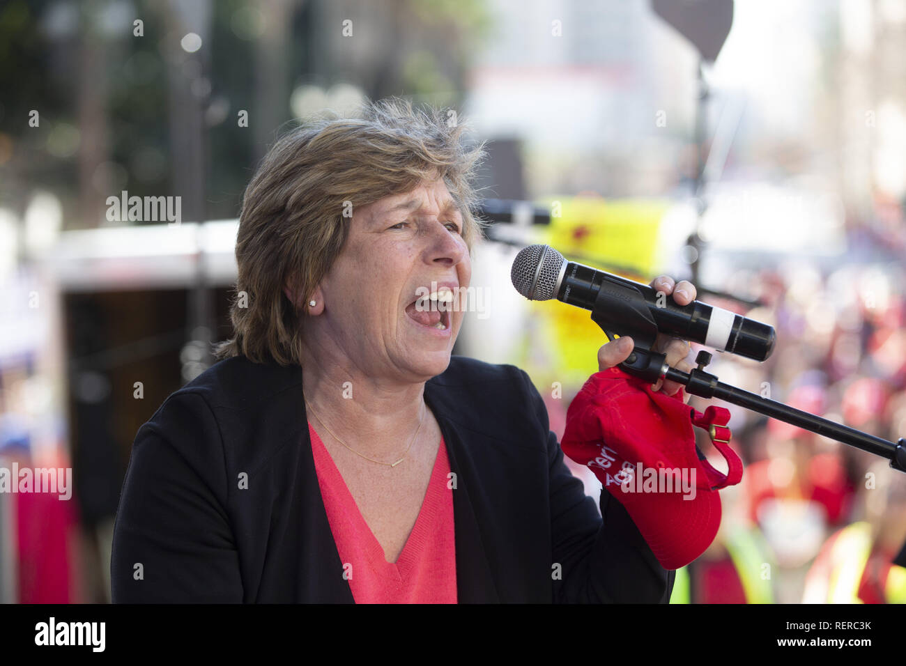 Los Angeles, California, USA. 22nd Jan, 2019. Randi Weingarten, president of the American Federation of Teachers, speaks to UTLA leaders and members at a rally celebrating the announcement of an agreement to end the LAUSD teachers strike on Tuesday, Jan. 22, 2019. Credit: Allison Zaucha/ZUMA Wire/Alamy Live News - Stock Image