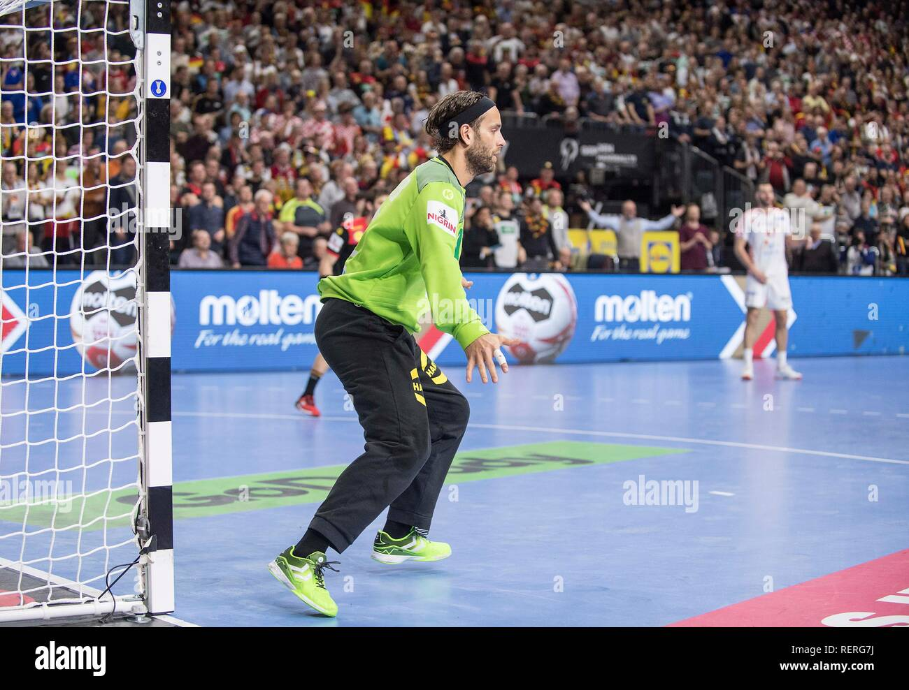 goalkeeper Silvio HEINEVETTER (GER) action. Main round Group I, Croatia (CRO) - Germany (GER) 21-22, at 21.01.2019 in Koeln / Germany. Handball World Cup 2019, from 10.01. - 27.01.2019 in Germany / Denmark. | usage worldwide Stock Photo