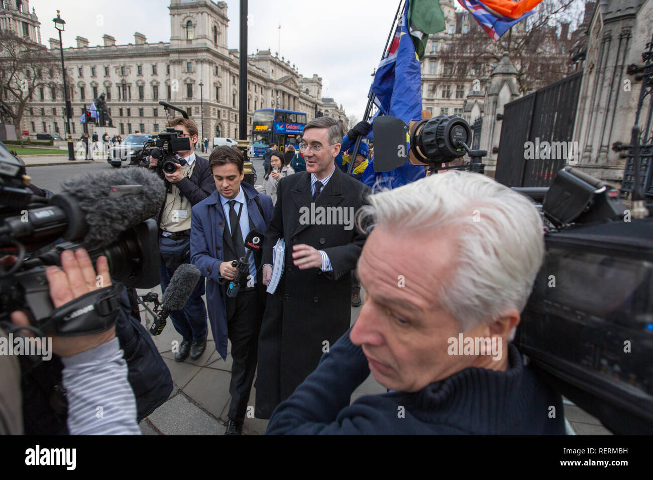 London, UK. 23rd Jan 2019. Jacob Rees-Mogg Brexiteer and MP for North East Somerset walks into Parliament Credit: George Cracknell Wright/Alamy Live News - Stock Image