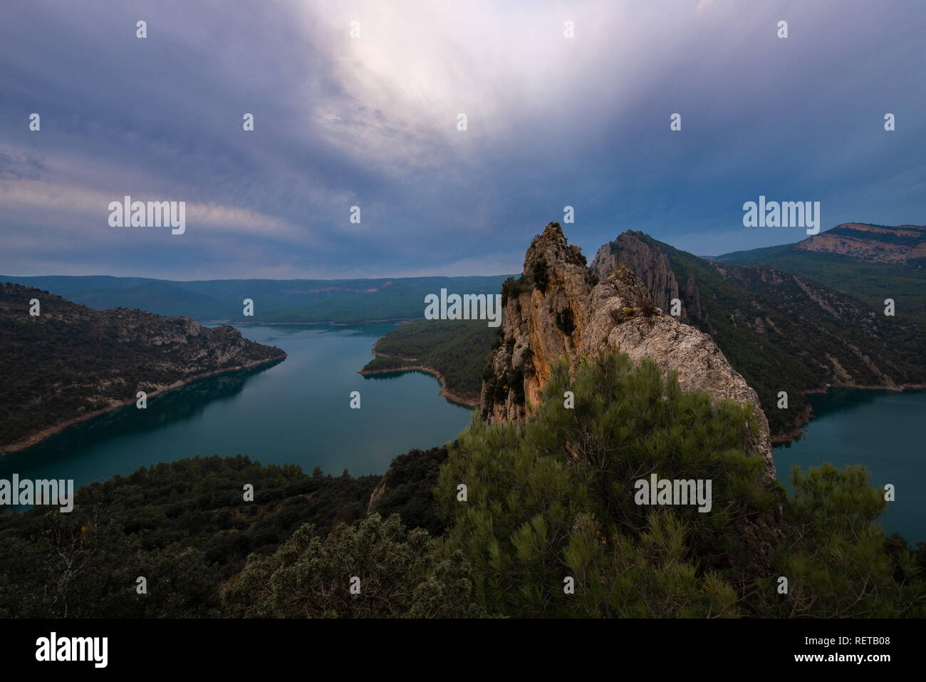 Canelles reservoir from the chapel of Mare de Deu de la Pertusa, border between Catalonia and Aragon, Spain - Stock Image