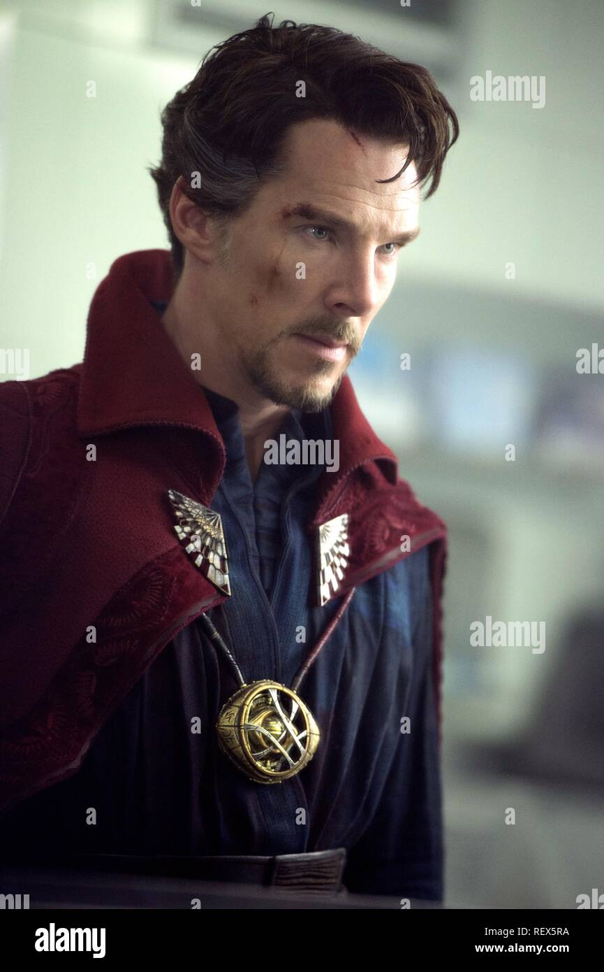 Benedict Cumberbatch Doctor Strange 2016 Stock Photo Alamy
