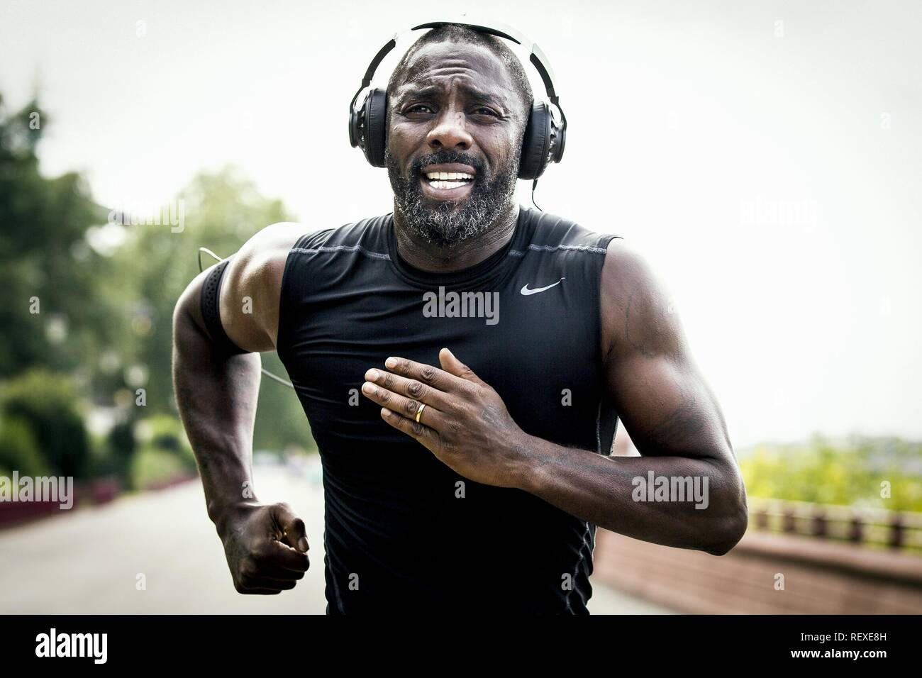 Idris Elba Film: 100 Streets (UK 2016)  Character(s): Max  Director: Jim O'Hanlon 08 June 2016  SAS72629 Allstar Picture Library/GREEN DOOR PICTURES/VERTIGO RELEASING  **Warning**  This Photograph is for editorial use only and is the copyright of GREEN DOOR PICTURES/VERTIGO RELEASING  and/or the Photographer assigned by the Film or Production Company & can only be reproduced by publications in conjunction with the promotion of the above Film. A Mandatory Credit To GREEN DOOR PICTURES/VERTIGO RELEASING is required. The Photographer should also be credited when known. No commercial use can be gr - Stock Image