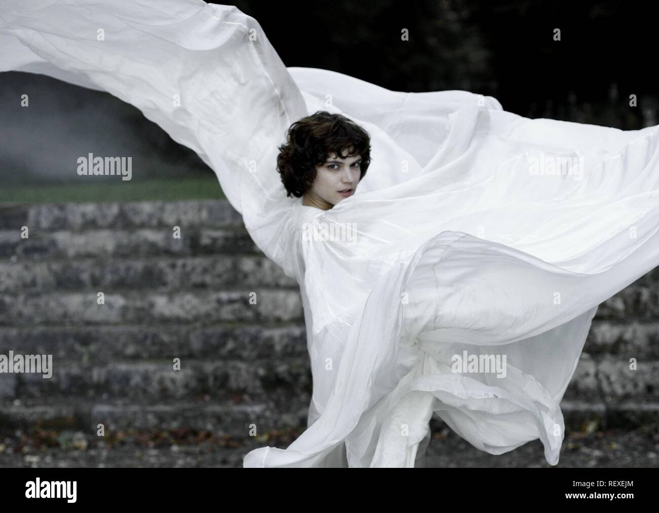 SOKO THE DANCER; LA DANSEUSE (2016) - Stock Image