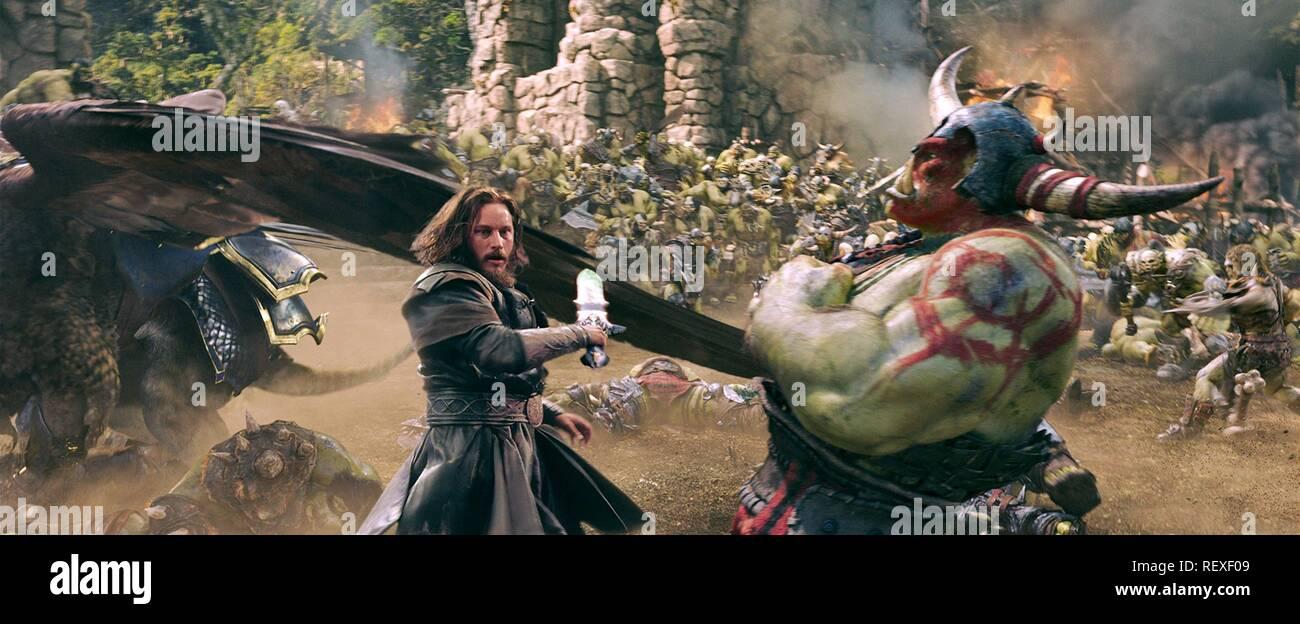 Travis Fimmel Warcraft 2016 Stock Photo Alamy
