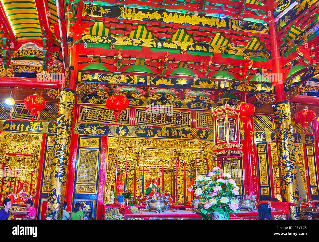 YANGON, MYANMAR - FEBRUARY 17, 2018: Interior of Kheng Hock Keong (Qingfu) Temple with traditional Chinese patterns and fine wooden carvings, on Febru - Stock Image