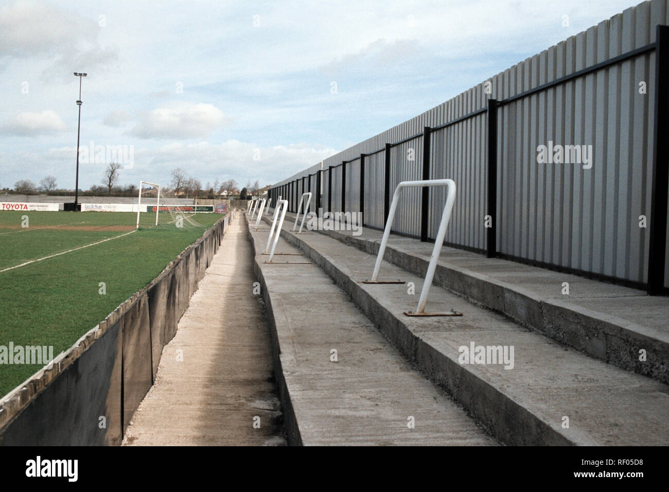 Terracing at Northallerton Town FC Football Ground, Ainderby Road, Romanby, Northallerton, North Yorkshire, pictured on 2nd April 1994 Stock Photo