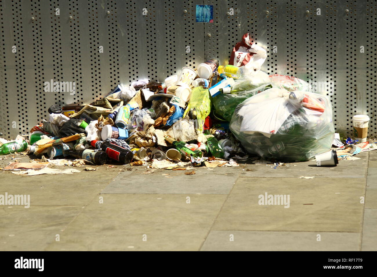 Pollution. General rubbish dumped on the concrete bed of a part of the Los Angeles river, California, USA. Anthropocene age. PLASTIC POLLUTION. - Stock Image