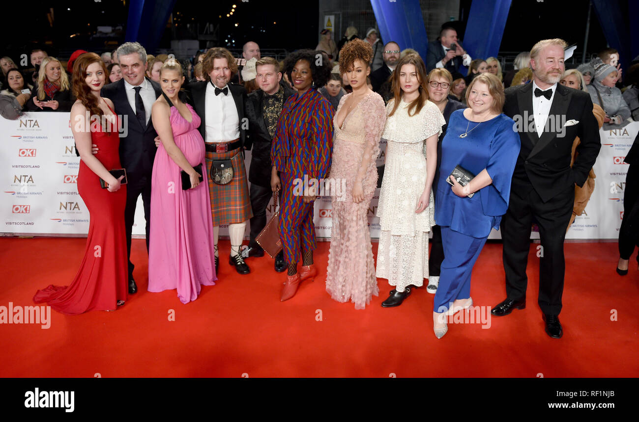 Photo Must Be Credited ©Alpha Press 079965 22/01/2019 A Discovery of Witches, Trystan Gravelle, Teresa Palmer, Greg McHugh, Tanya Moodie, Elarica Johnson, Malin Buska, Deborah Harkness and Owen Teale at the National Television Awards NTA 2019 held at the O2 in London - Stock Image