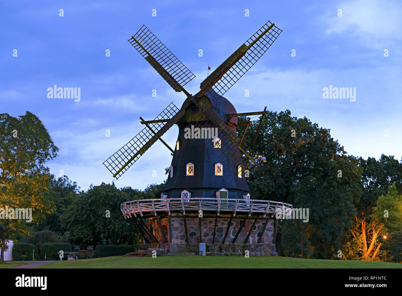 Old Windmill Slottsmollan in the Kungsparken Park in Malmo, Sweden. - Stock Image