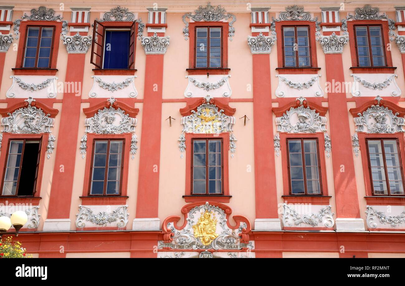 Facade of a former Jewish merchants house at the market square of Cheb, Eger, Egerland, Czech Republic, Europe - Stock Image