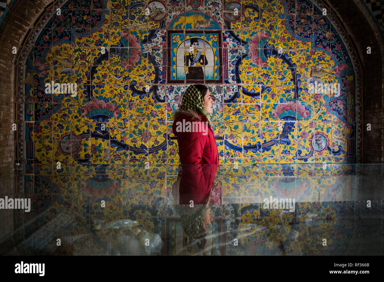 Beijing, Iran. 23rd Jan, 2019. A woman visits the Golestan Palace in Tehran, Iran, on Jan. 23, 2019. The Golestan Palace is one of the oldest complexes in Tehran built during the Safavid dynasty in the historic walled city. Credit: Ahmad Halabisaz/Xinhua/Alamy Live News - Stock Image