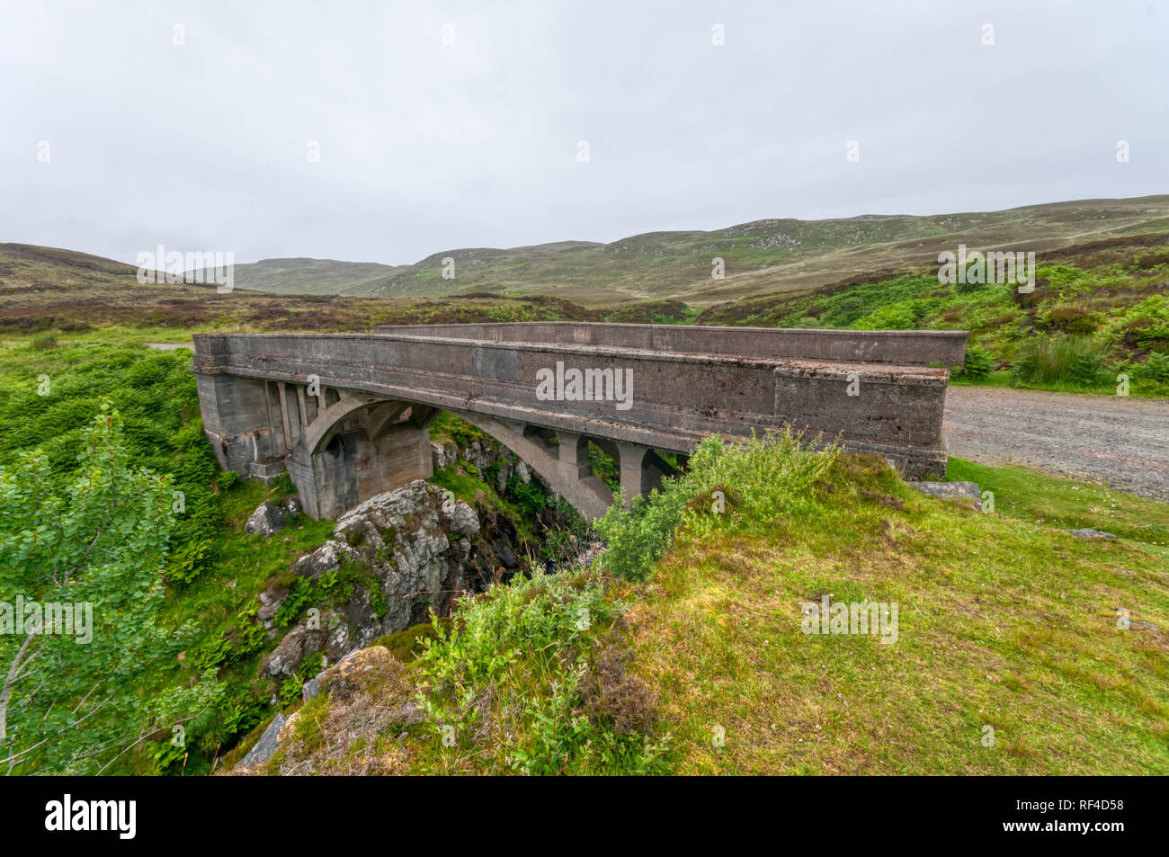 The Bridge to Nowhere at Tolsta on the Isle of Lewis features in the novel The Chessmen by Peter May - Stock Image