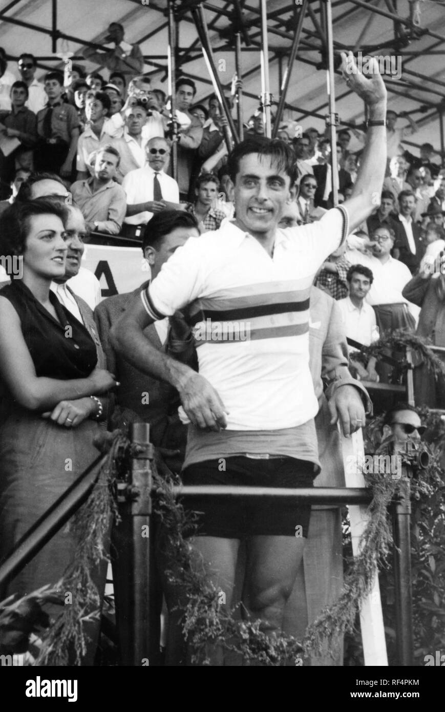 fausto coppi and giulia occhini, 1953 Stock Photo