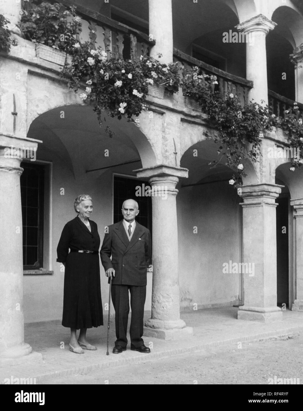 luigi einaudi with ida, 1960 Stock Photo