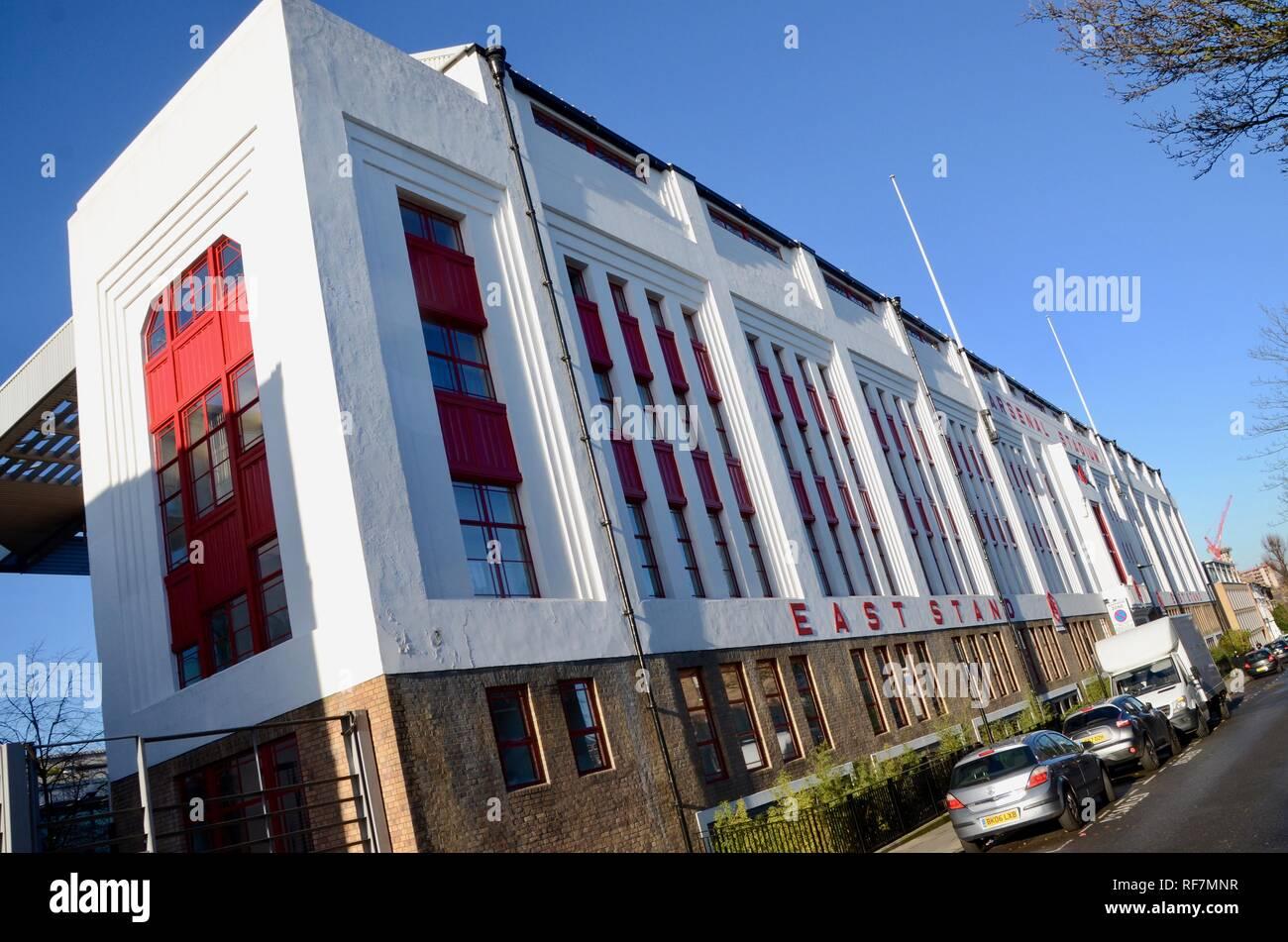 Highbury Stadium Square High Resolution Stock Photography And Images Alamy