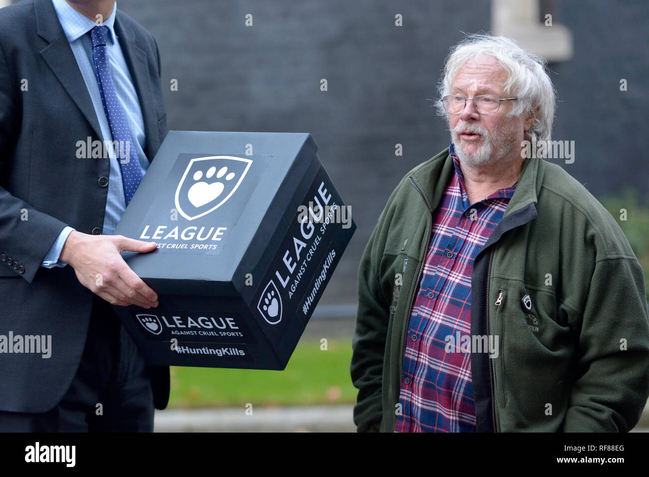 Bill Oddie and members of the League Against Cruel Sports delivering a petition to 10 Downing Street, 19th December 2018 - Stock Image