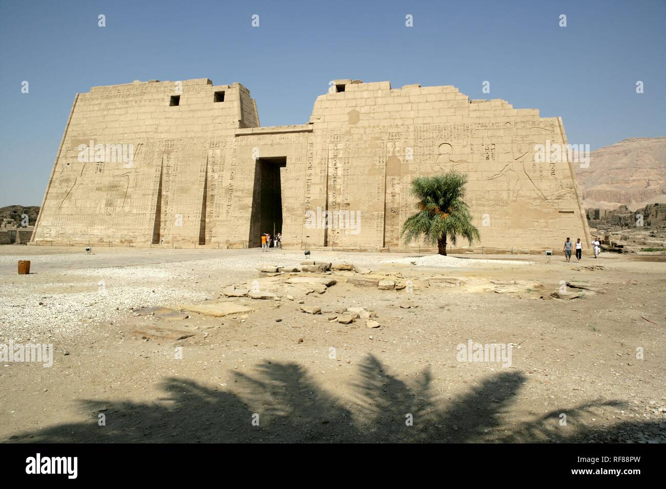 Medinet Habu, Mortuary Temple of Ramesses III, West Thebes, Luxor, Egypt, Africa Stock Photo