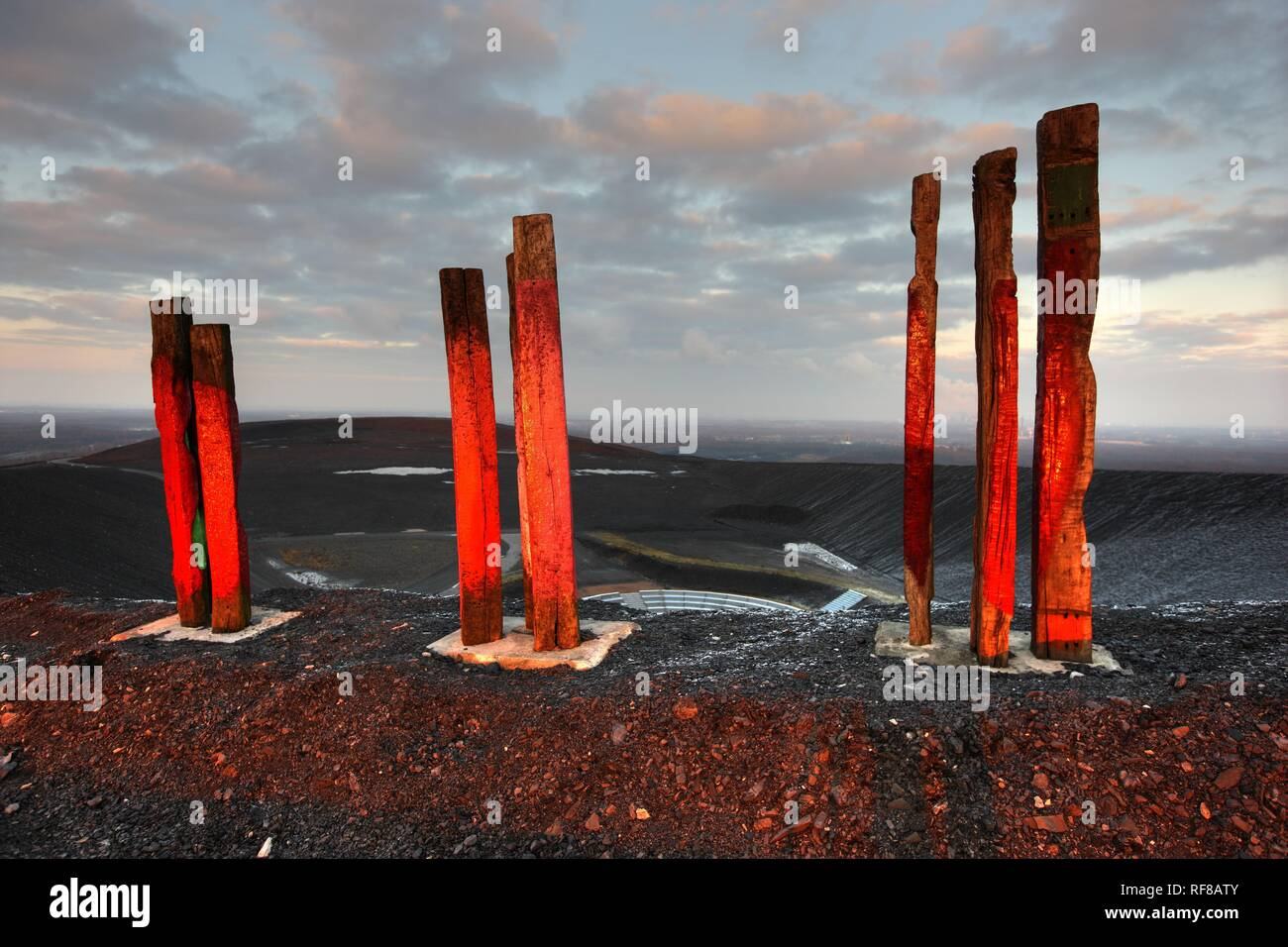'Totems, ' installation art piece built from over 100 railroad ties by Basque artist Agustín Ibarrola on mining waste heaps - Stock Image