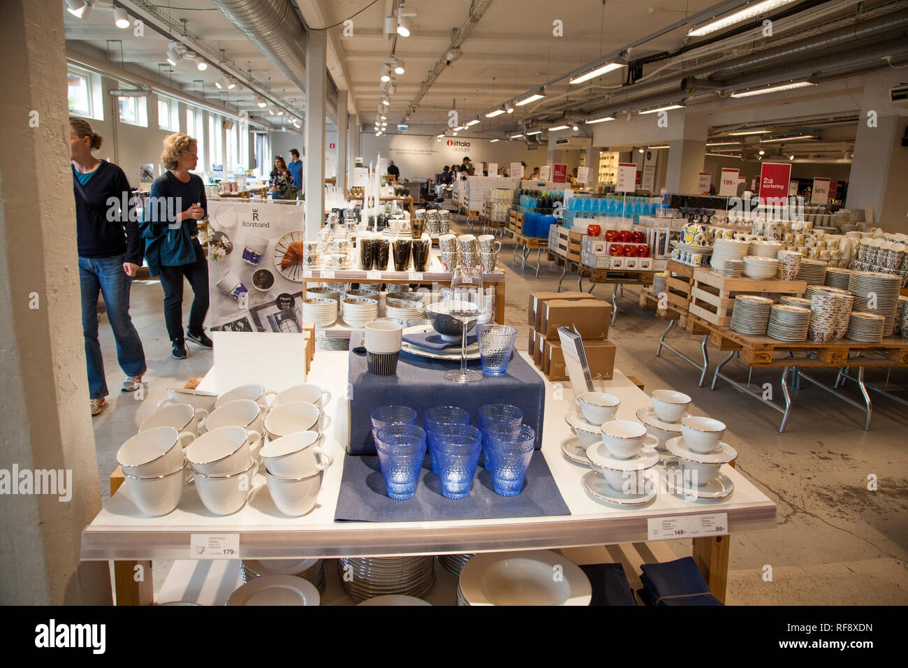 068bd4809da GUSTAVSBERG Ceramic factory outlet sale of ceramic and glass Stock ...