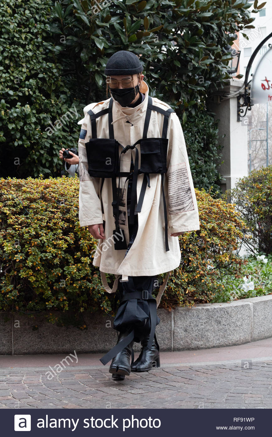Milan, Italy. 12th January 2019. Model seen outside M1992 Show during Milan Fashion Week Men's Fall/Winter 2019/20 - Stock Image