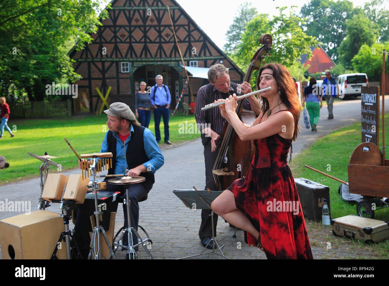 Musicians during KLP im Rundling (round village) Küsten, Wendland, Lower Saxony, Germany, Europe - Stock Image