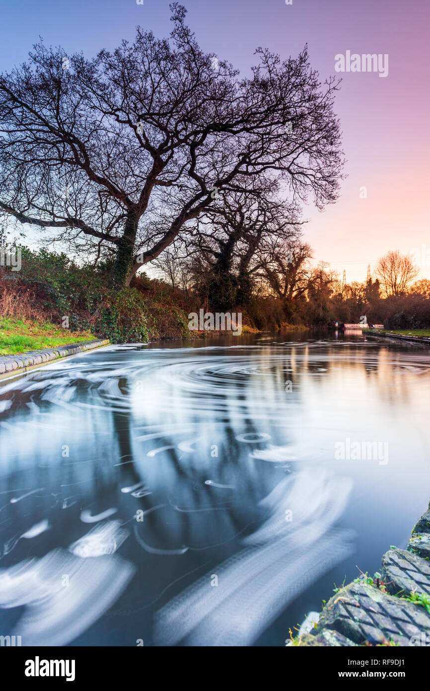 Frosty winter sunrise walk along the Staffordshire and Worcestershire canal Stock Photo