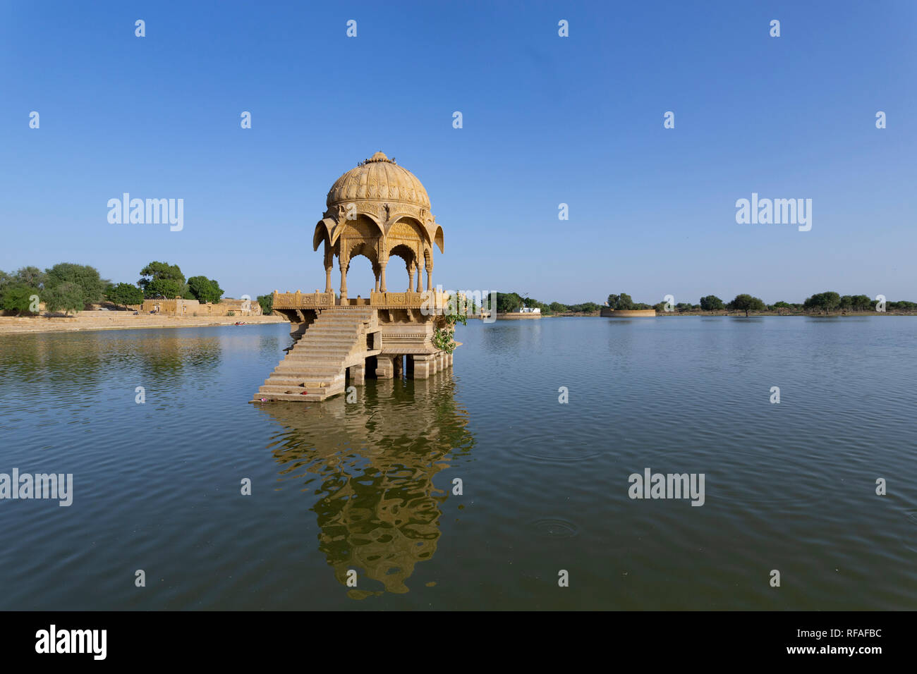 indian landmarks Gadi Sagar temple on Gadisar lake Jaisalmer, Rajasthan, north India Stock Photo