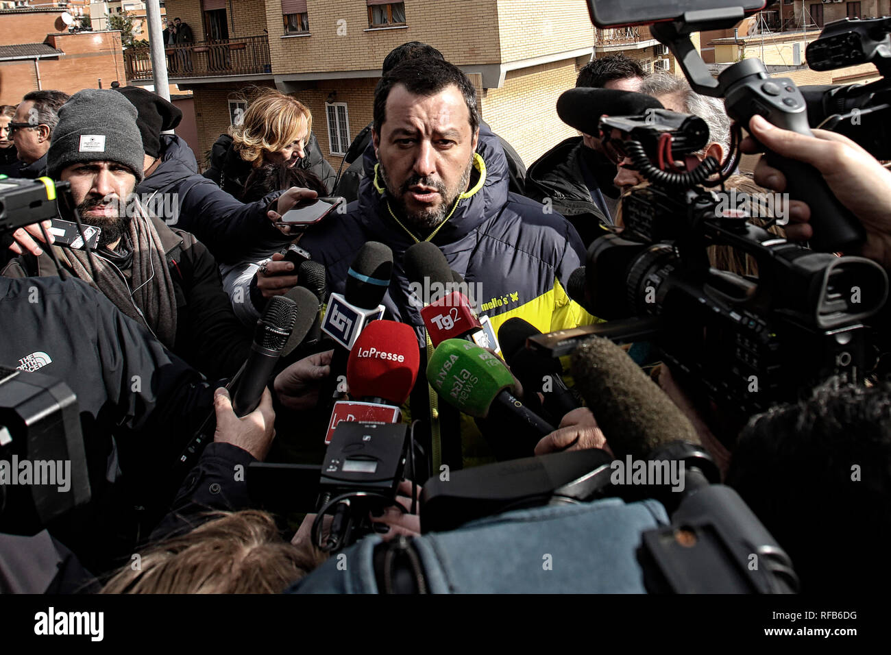 Rome, Italy. 25th Jan 2019. Matteo Salvini Rome January 25th 2019. Minister of Home Affairs delivers to the Municipality of Rome the keys of a villa sequestered to a mobster clan member.  Foto Samantha Zucchi Insidefoto Credit: insidefoto srl/Alamy Live News - Stock Image