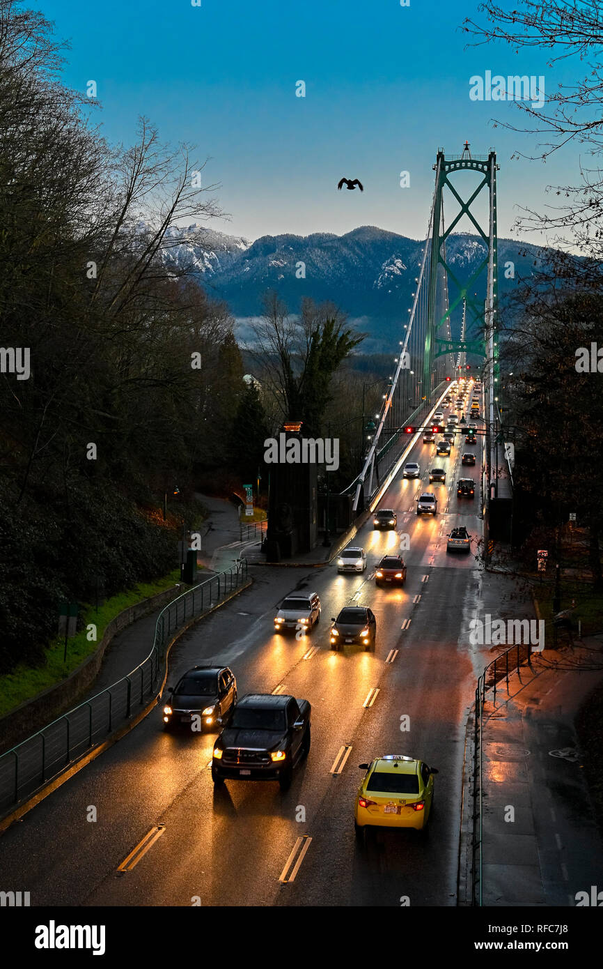 Morning commute, Lions Gate Bridge, Vancouver, British Columbia, Canada - Stock Image