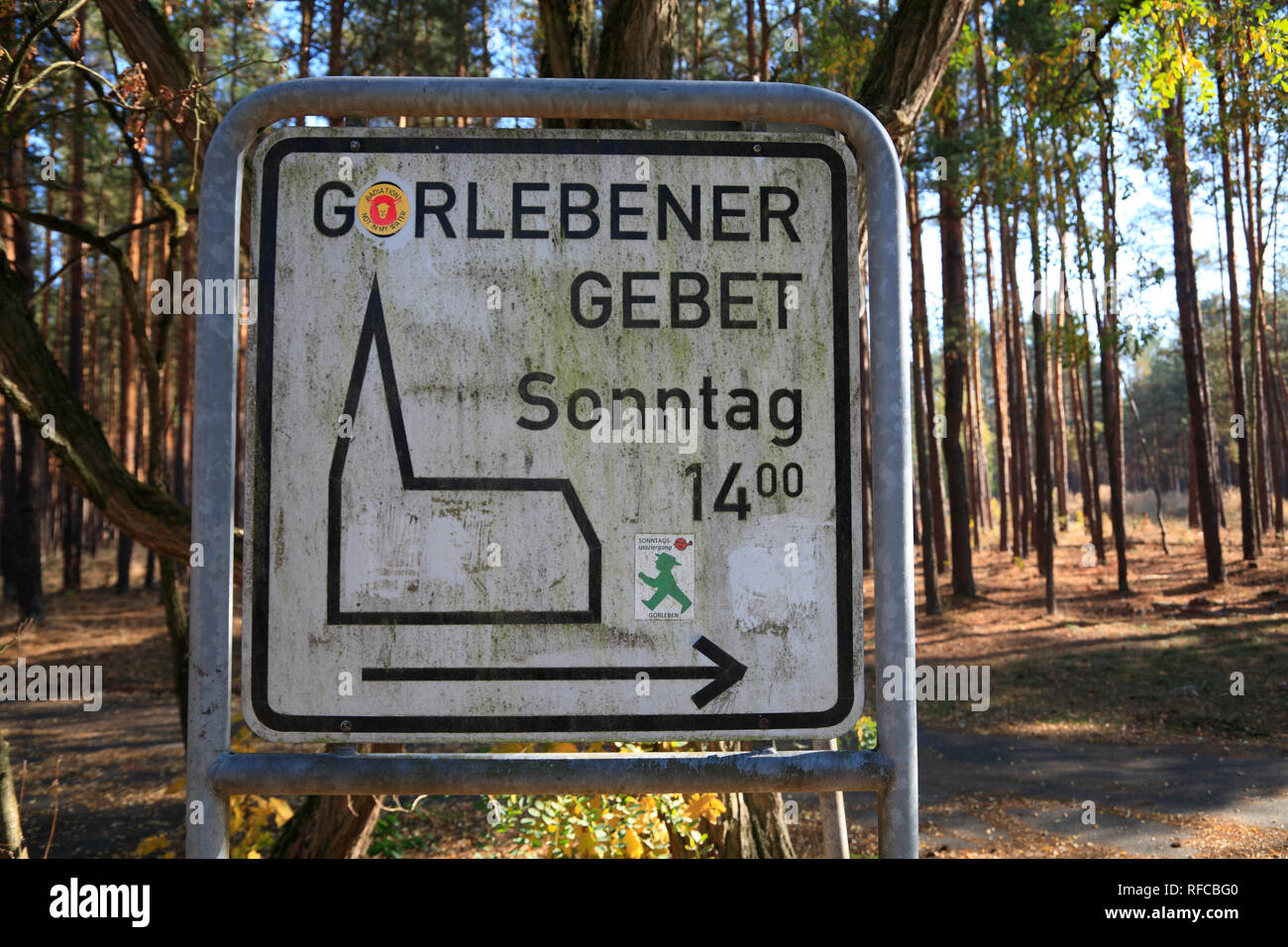Gorlebener Gebet: Anti-nuclear protest at the nuclear interim storage facility in Gorleben, Wendland, Lower Saxony, Germany, Europe - Stock Image