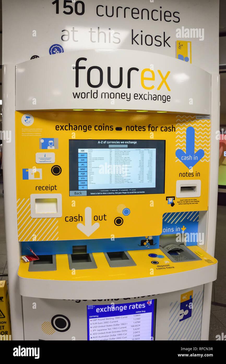 International currency exchange machine inside Vauxhall Underground Station, Vauxhall, London Borough of Lambeth, Greater London, England, United King - Stock Image