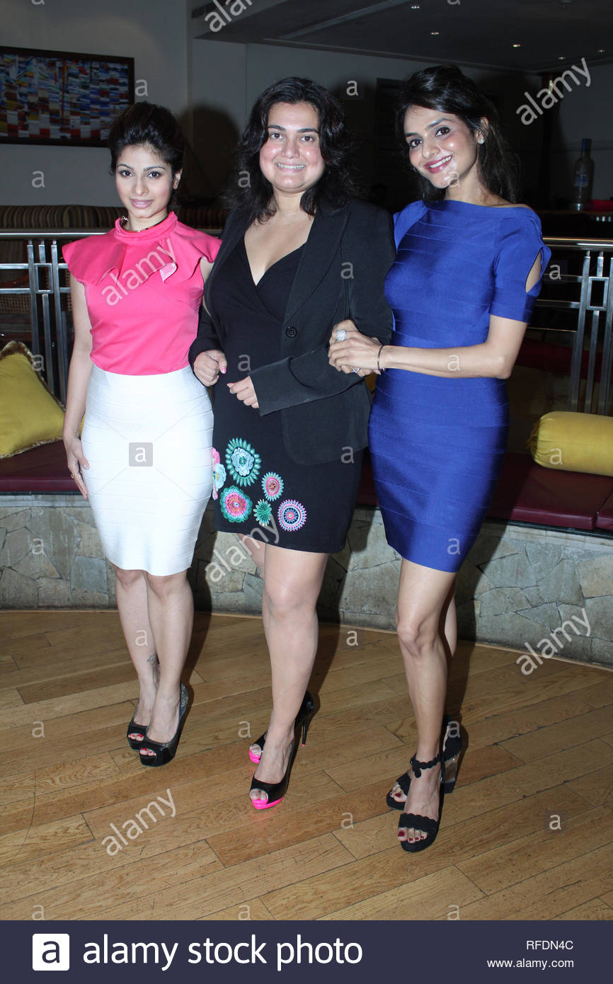 (L to R) Bollywood and Theatre personalities Tanisha, Divya Palat and Madhooo during the promotion of their new play The Verdict in Mumbai, India on August 7, 2013. (Utsav Devdutta) - Stock Image