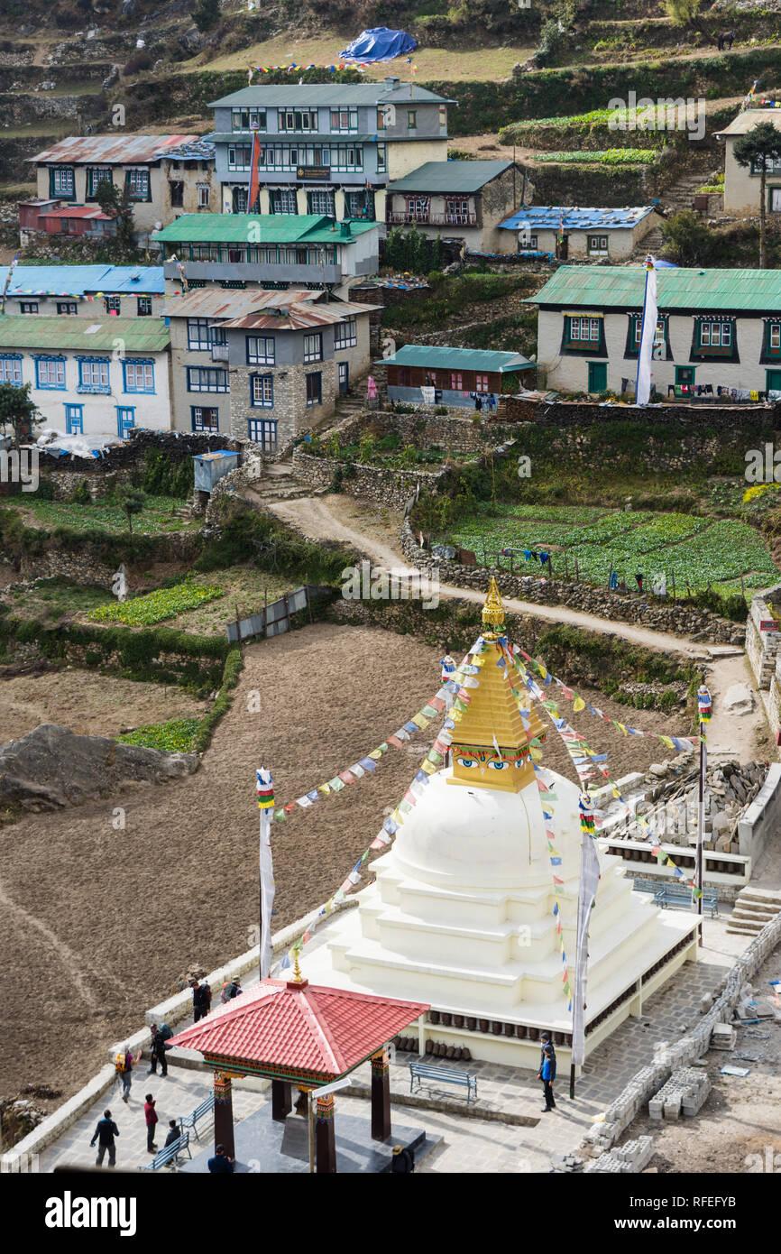 Stupa in Namche Bazaar, Sagarmatha, Nepal - Stock Image